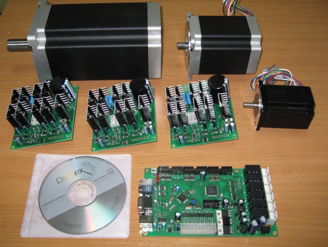 CNC controllers electronics - myCNC-UP1 with stepper motors drivers